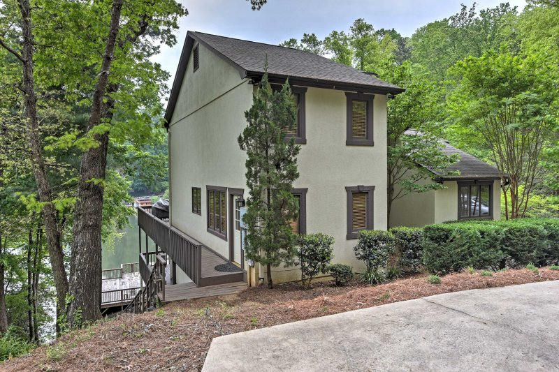 Enjoy your time at this handsome Lake Lure home!