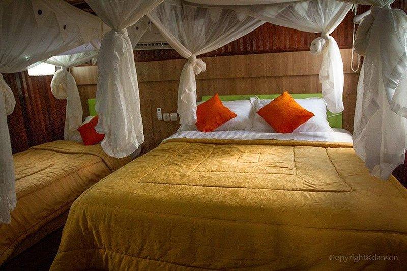 Houseboat in Tanjung Puting National park, holiday rental in Central Kalimantan