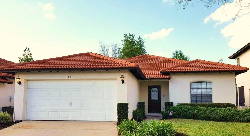 Disney Villa with Private Pool! ONLY 10 MINS TO DISNEY (8MILES), vacation rental in Clermont