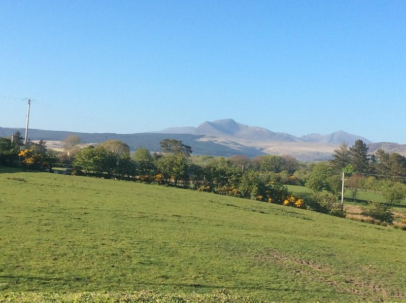 A vista para as colinas do norte de Arran, de ParkviewArran
