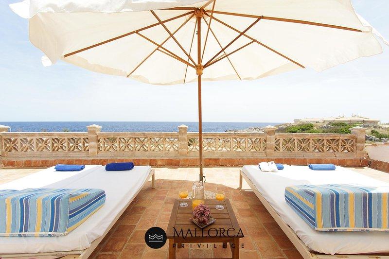 Sea View House-6Pax-SunTerrace-BBQ, vacation rental in Porto Cristo