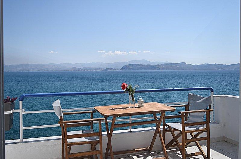 Vista al mar desde el balcón - vacaciones en la playa para Apartamentos en el pueblo de Kiveri cerca de Nauplia