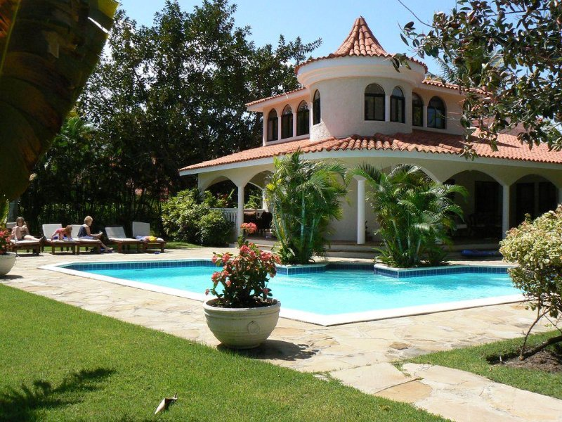 Beautiful Villas close to Ocean World Park also presidential suites, vacation rental in Puerto Plata