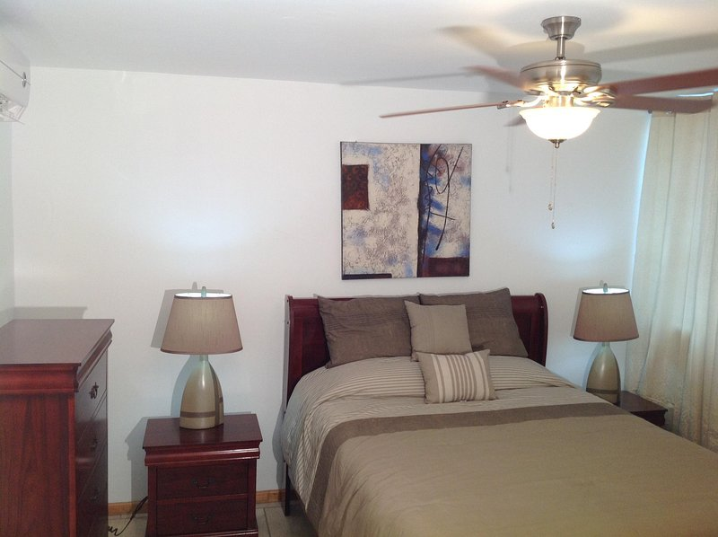 Las Olas de Boqueron #1 townhouse, WiFi, fully air-conditioned, walk to Poblado, holiday rental in Guanica