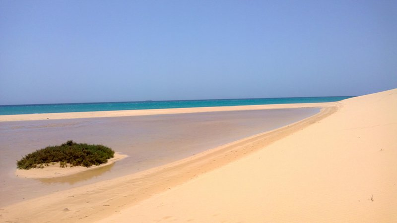 PLAYA PARAÍSO PLUS - YOUR OCEAN SUITE, holiday rental in Costa Calma