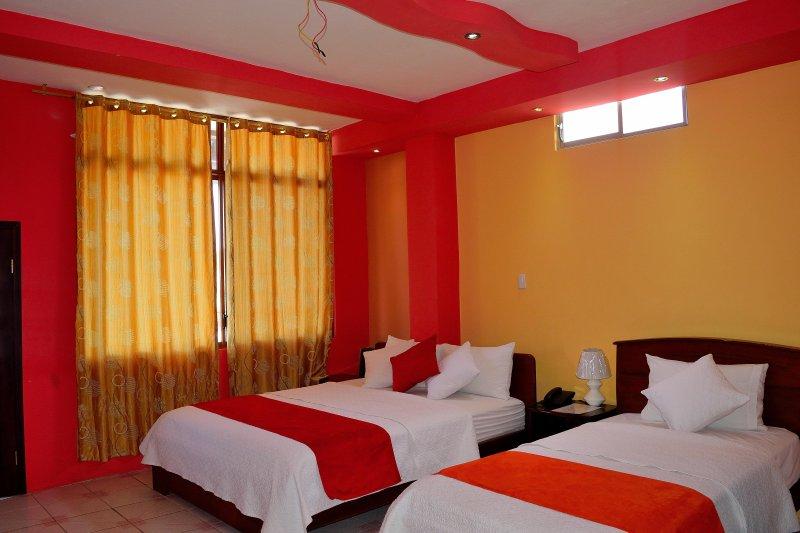HOTEL CARLIZA, location de vacances à Puerto Ayora