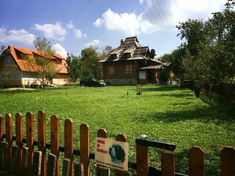 Brvnare Mrkic Big house Cabin Chalets Casa di legno, holiday rental in Central Serbia