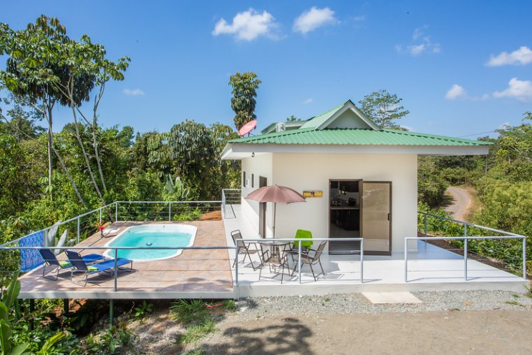 CRT - Toucan Villa * BRAND NEW HOUSE WITH WI-FI*, holiday rental in San Carlos