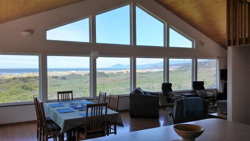 Relax and Renew at  Oceansong - Oceanfront - Spa -  AMAZING Views, vacation rental in Ophir