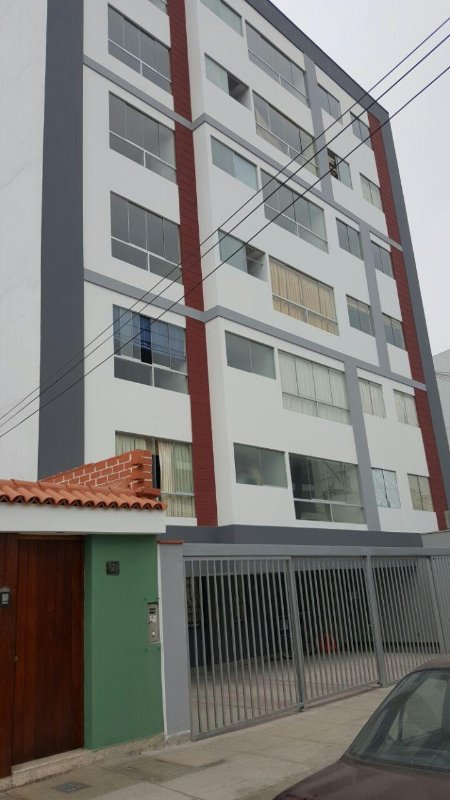L'appartement fournit un environnement sûr pour se sentir à la maison et près de la ville. Un sentiment de paix.