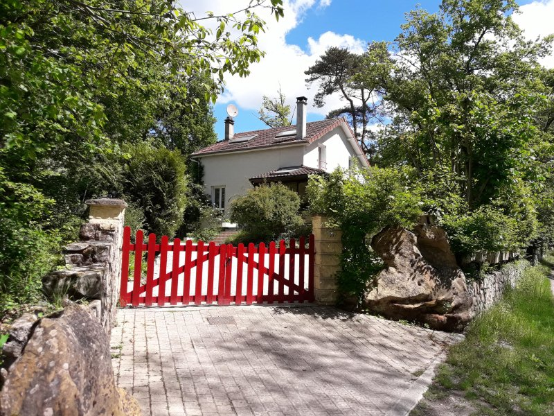 La  Rochetine ( forêt des 3 pignons ), holiday rental in Arbonne-la-Foret