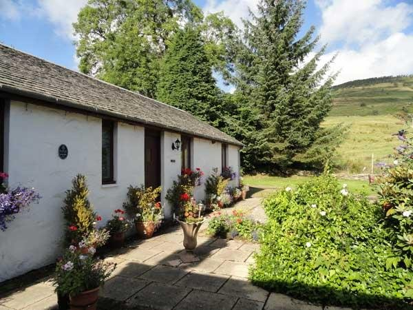 Shegarton Farm - Finlas Cottage, holiday rental in Tarbet