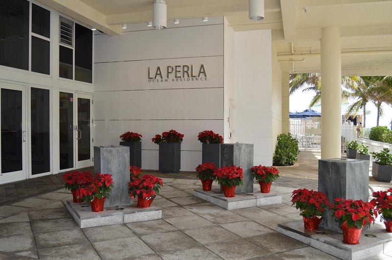 La Perla betjänt