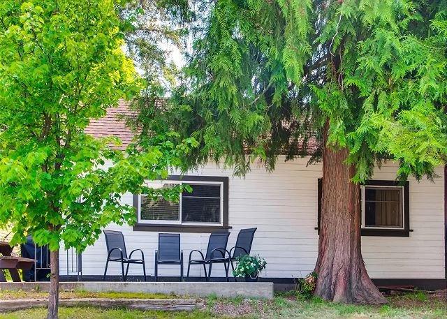 Christina Campers Cottage