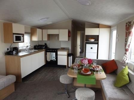 Caravan by the Sea, Trecco Bay, Porthcawl., location de vacances à Ogmore-by-Sea