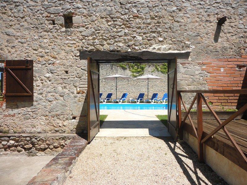 entrada para a piscina privada do jardim rural 10 mts x 4.5 mts