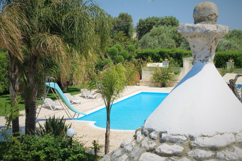 villa poggioreale piscina e trullo nel salento, vacation rental in San Vito dei Normanni