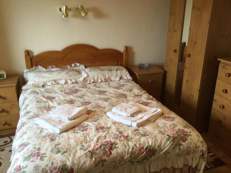 Segundo dormitorio principal en-suite