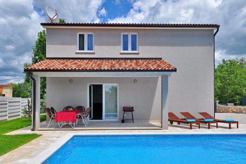 prezzi varietà di disegni e colori acquistare Villa Nika with swimming pool in Muntrilj - Istria UPDATED 2020 ...