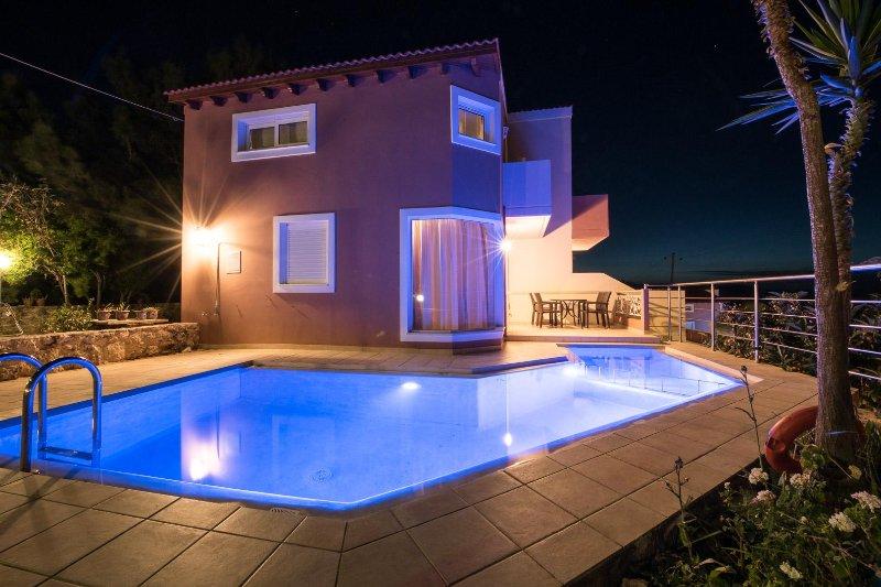 Pantanassa Villas - Terpsichore With Private Pool And Sea View, location de vacances à Agia Marina