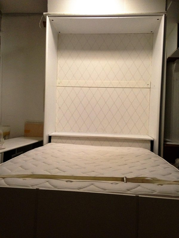 grande muy cómoda cama Murphy