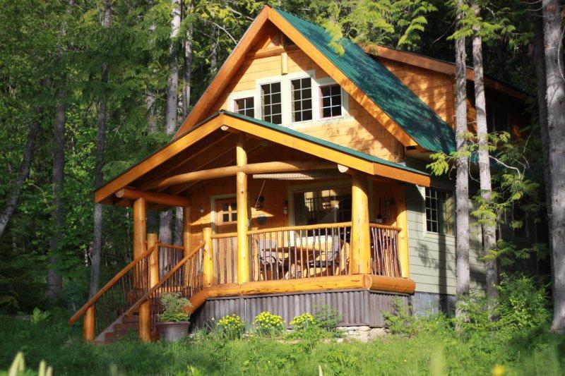 Robins' Nest Cabin