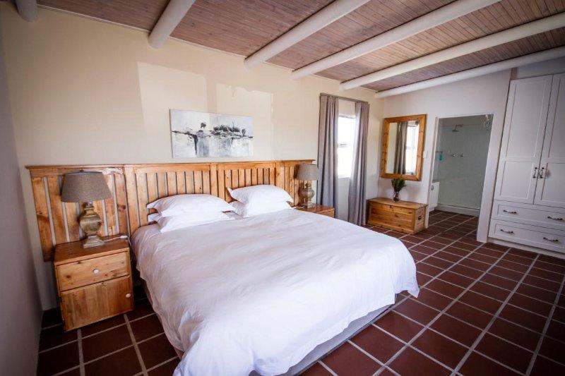 Luxury self catering apartment West Coast South Africa - Red Buchu  Unit 4, aluguéis de temporada em Saldanha