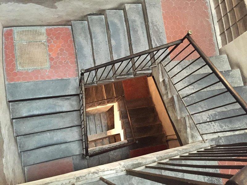 Ruime en lichte trap, makkelijk te lopen