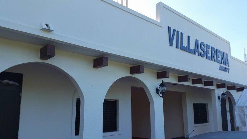 VillaSerena Aparts., vacation rental in Aguadilla