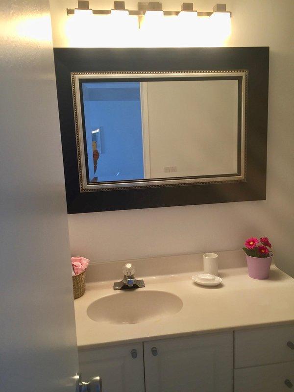 Main bathroom - bathroom