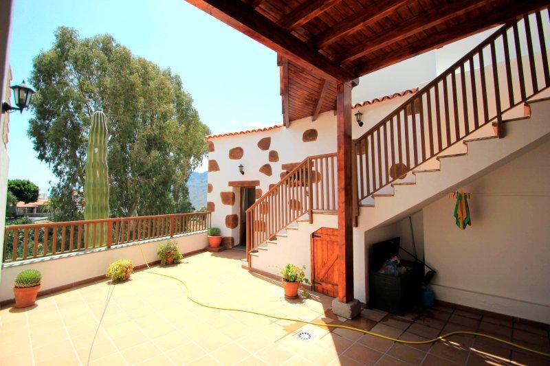 Holiday cottage Santa Lucía 2.   Special offer for summer¡¡¡, aluguéis de temporada em Fataga