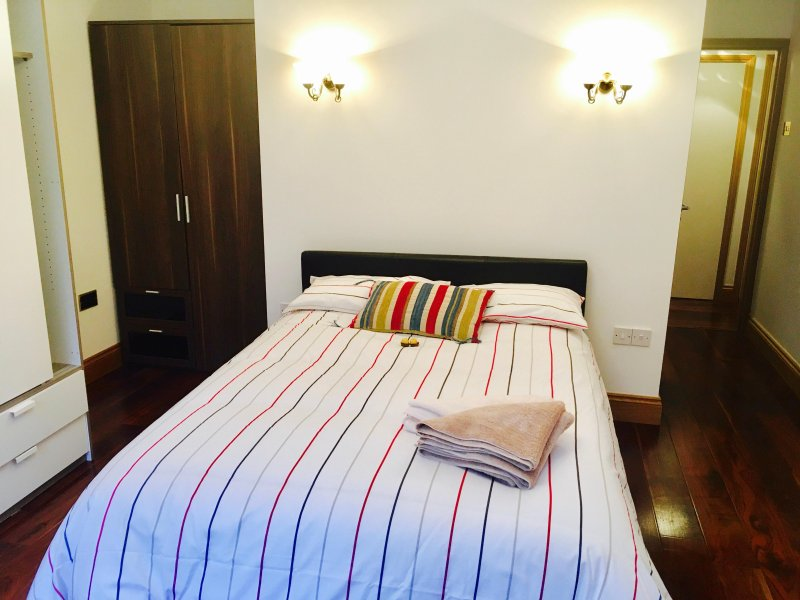 Beautiful Holiday Apartment in London, Ferienwohnung in North Finchley