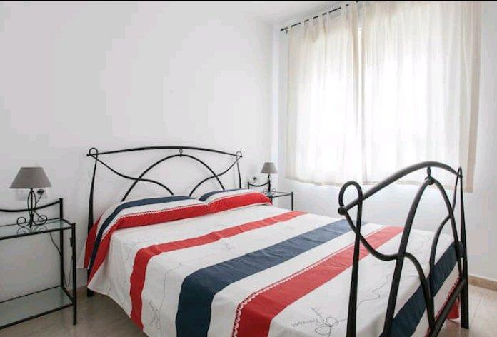 Cama 1,50 cm dormitorio principal