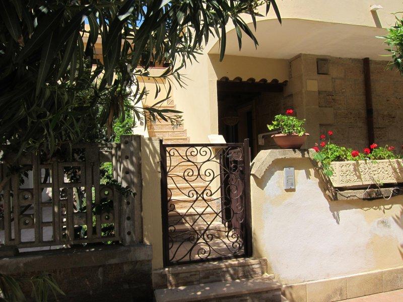 Japigium Casa Vacanze Tonno a 2 passi dal Mare, vacation rental in Le Cannella