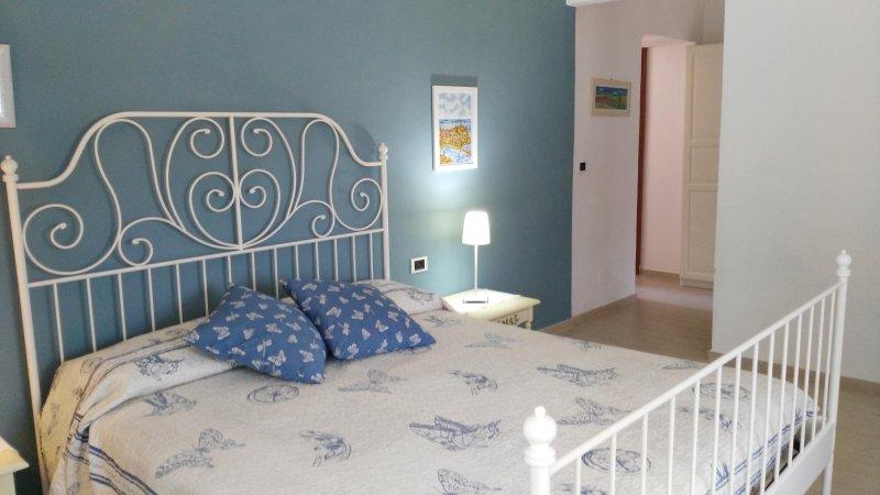 Camera Vernazza con bagno, vakantiewoning in Rocchetta di Vara