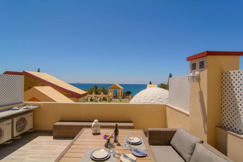 Neat terrace, beautiful sea views, sitting area