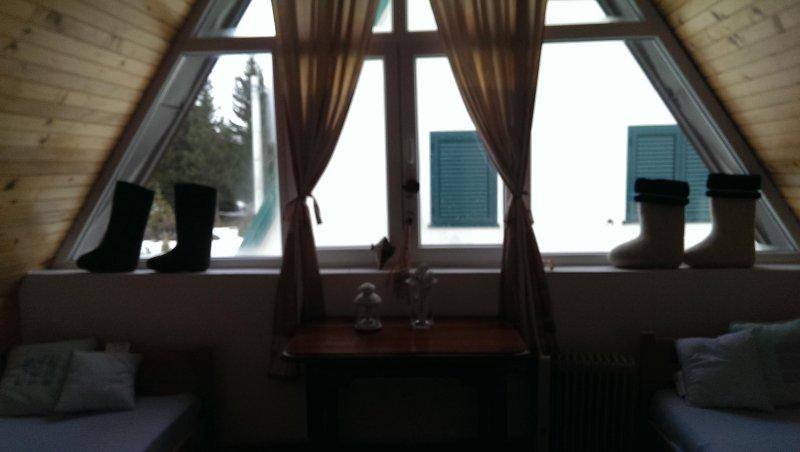 Cosy 3 bedroom mountain house 'STELLA', location de vacances à Zabljak