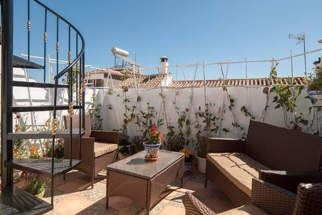 Lovely apartment, wifi, near Caminito del Rey, vacation rental in Gobantes
