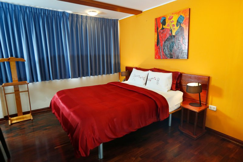 Suite Matrimonial #05, holiday rental in Lince