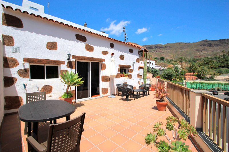 Holiday cottage Santa Lucia.     Special offer for summer¡¡¡, holiday rental in Gran Canaria