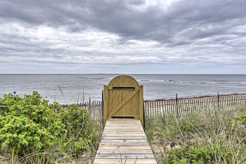 La maison est à quelques pas de la plage de plage de sable fin!