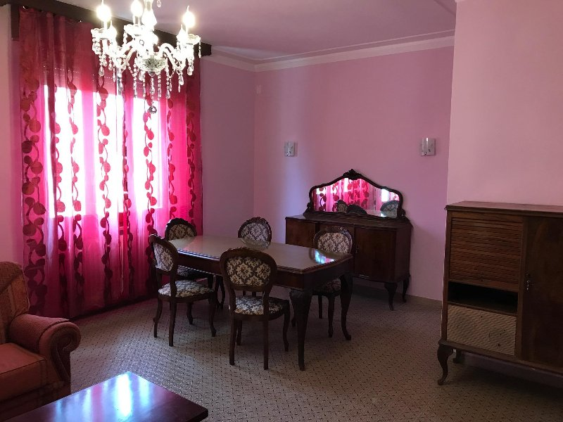 ROOM - DINING AREA