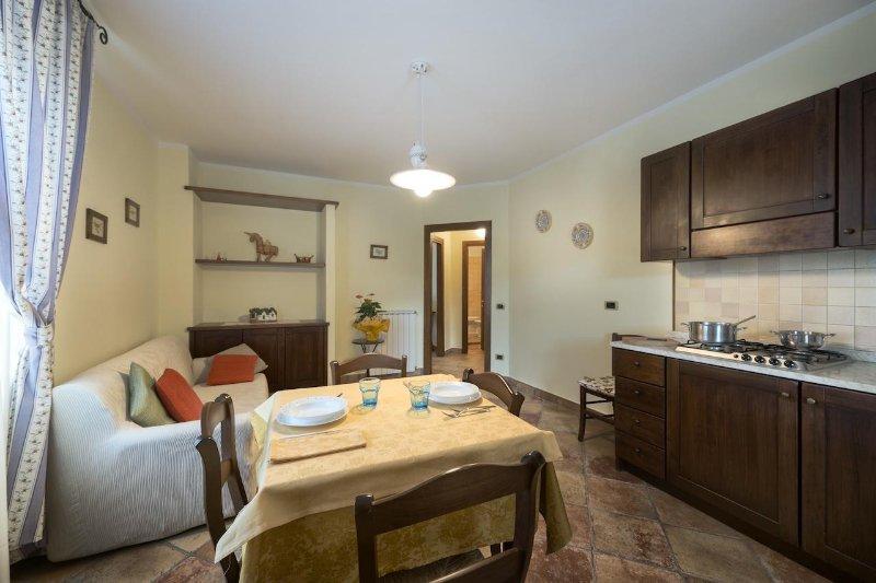 Torre di Cordaglie - Appartamento in casale tipico umbro, location de vacances à Serravalle di Chienti