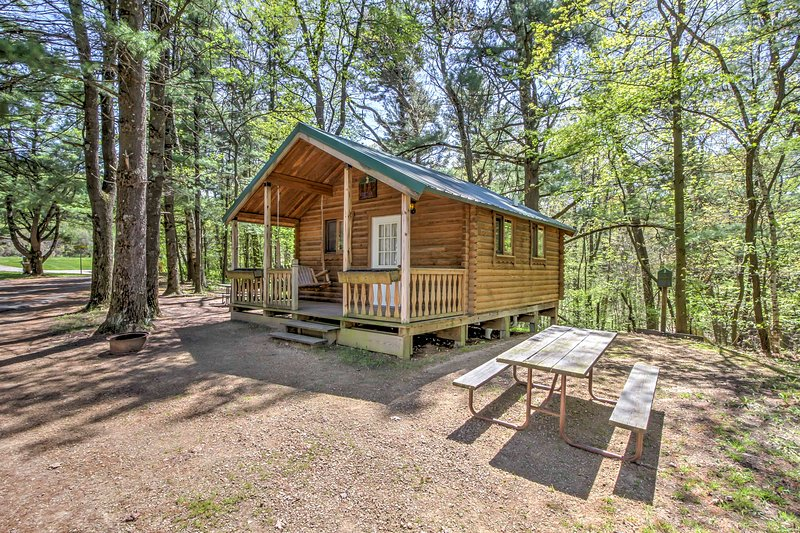 Retreat to Jellystone Park for your next family gathering in this 1-bedroom, 1-bathroom Baraboo vacation rental cabin with sleeping accommodations for 6!