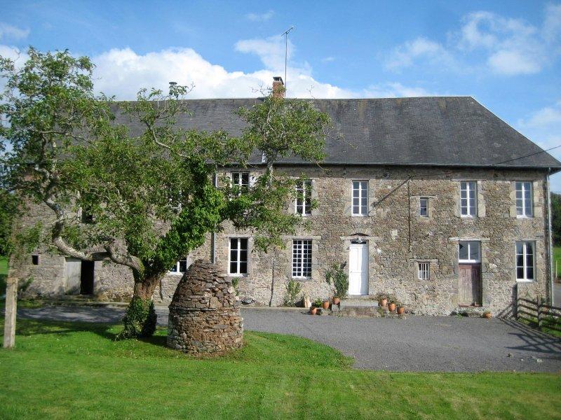 La Grande Yveliniere, location de vacances à Saint-Michel-de-la-Pierre