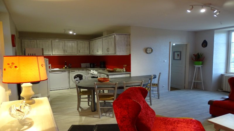 GITE LE LUCIMOND SUR LE GR 36, holiday rental in Serenac