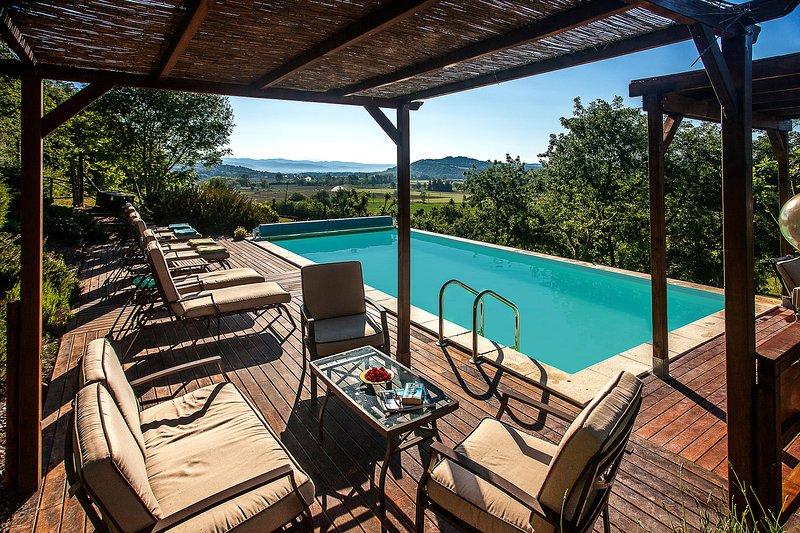 Notre fabuleuse piscine chauffée avec une vue imprenable!