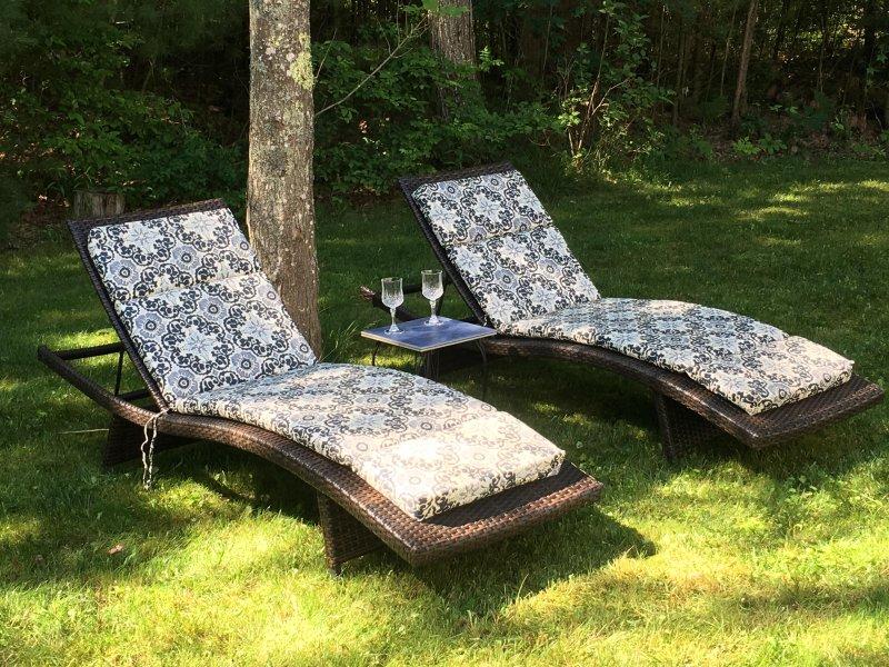 Entspannen Sie sich draußen, wenn das Wetter zulässt!