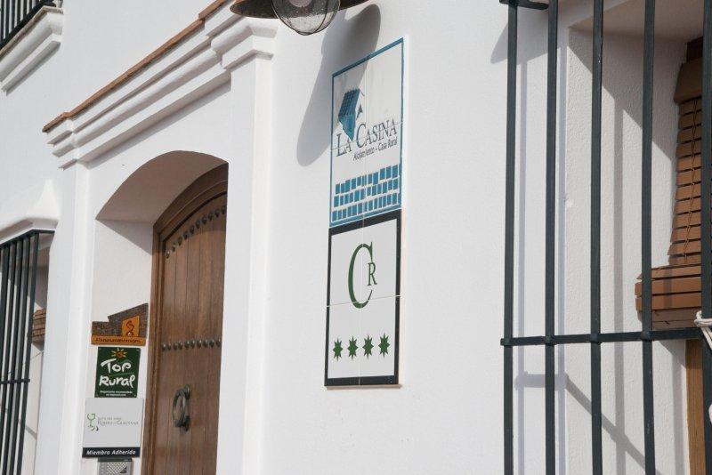 Para un máximo 12 personas, ideal para ir con tu familia o amigos, holiday rental in Esparragalejo