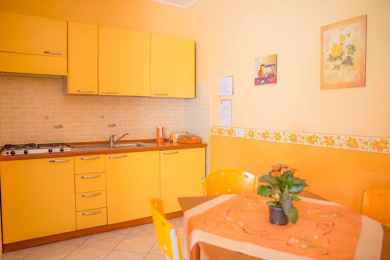 CASA VACANZE 'E TARANTELLE, holiday rental in Bagnoli